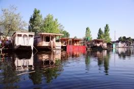 達爾湖船屋
