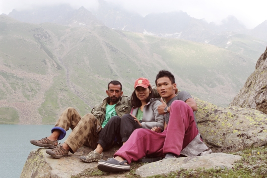 Feroz(登山嚮導), 我, Chris (Photo by Chris)
