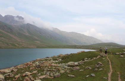 美麗的Gangabal Lake (Photo by Chris)