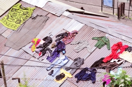 衣服不晾在屋頂不行