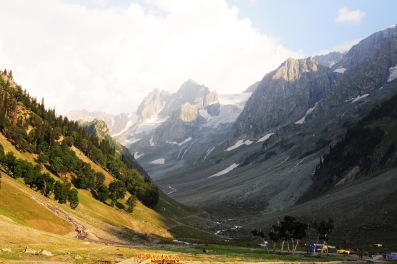 8月的Tajwas冰河