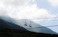 冬季才會開放的滑雪扶梯