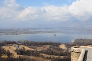 Pari Mahal鳥瞰達爾湖+斯里納加