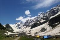 6月的Tajwas冰河