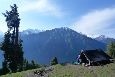 一早,打開帳篷迎接好天氣