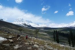 Haramukh山傳來雪崩聲響,乍聽以為打雷了