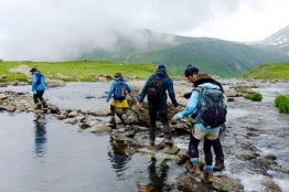 採著石頭慢慢過河(七月下旬)