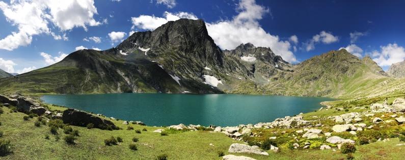 Vishansar湖(八月上旬)