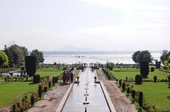 Linnie Traveler / Kashmir Srinagar