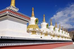 七座寶塔代表成佛的階段
